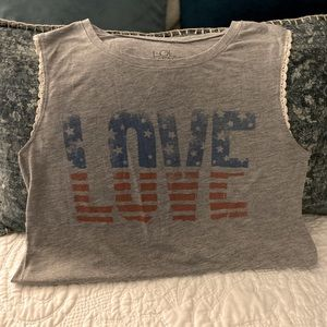 LOVE is all you need ❤️🤍💙 Size L fits like a M/8